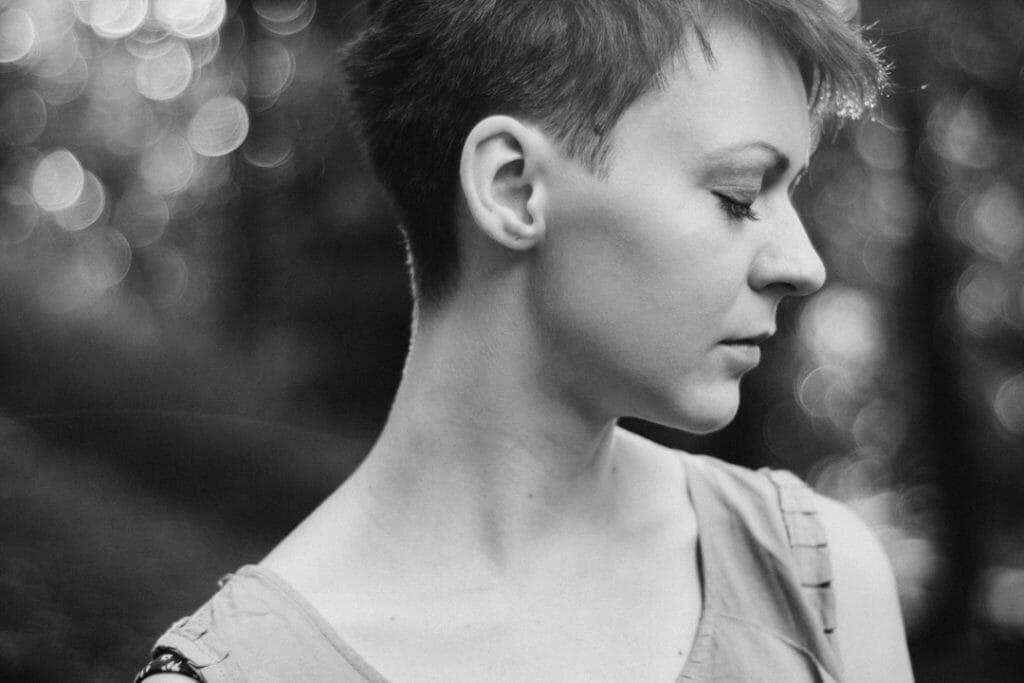 Kreatywna Freelancerka Fotografia, sesja kobieca, kobieca sesja zdjęciowa, portret, sesja portretowa, fotografia kobieca, fotograf Warszawa, fotografia artystyczna,
